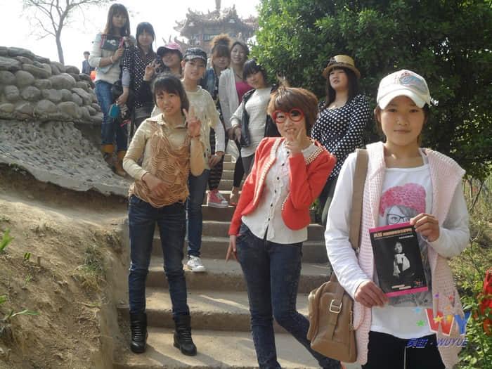 吴越学校美容班春游日记——幸福像花儿一样