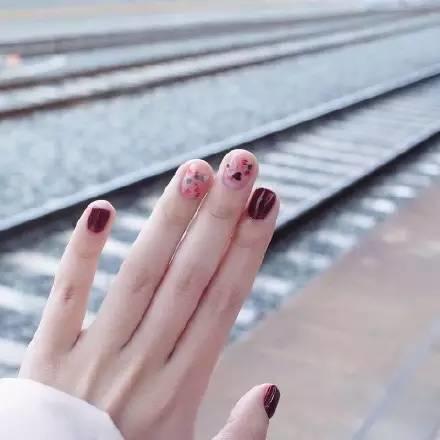 【美甲培训】多变的美甲控 让你的指间不boring