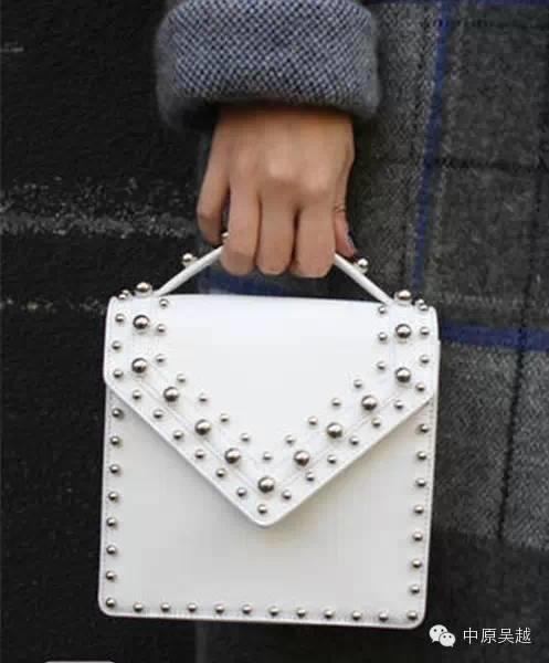 2015春夏配饰流行元素解析 时尚五金和唯美细节设计