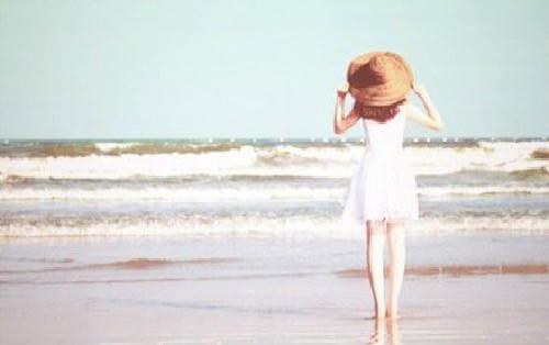 享受阳光假日 教你急救晒伤晒黑肌肤