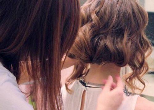 不动剪刀长发变短发 夏天也能很清爽