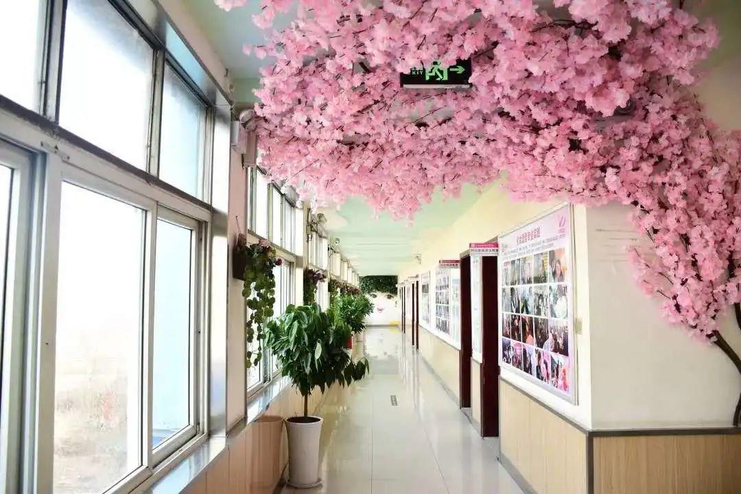 吴越学校祝您五一节日快乐